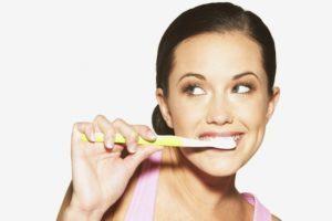 Кислый привкус во рту: после еды, сладкого, причины и лечение когда кисло